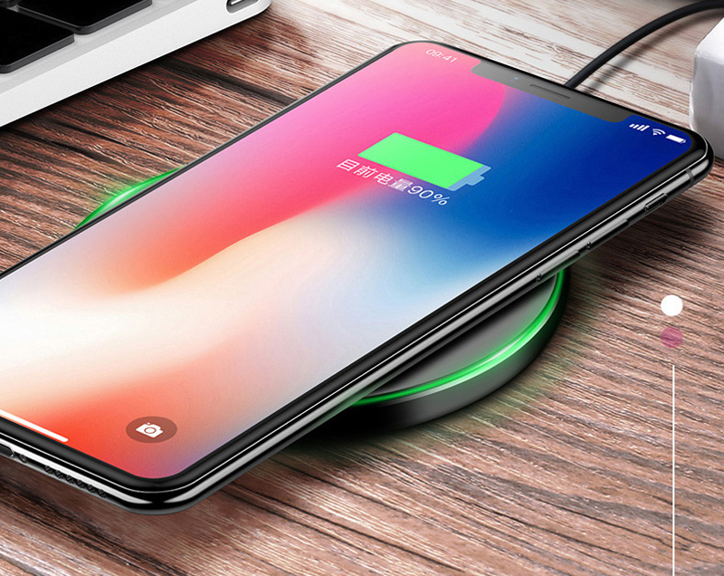 2018 Trending products Round Wireless Charger Qi fast Charging Pad